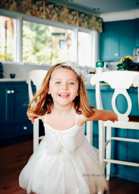 elegant at home child photographer nyc daisy beatty