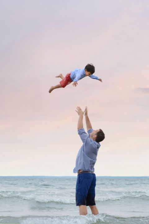 best professional family beach photography hamptons daisy beatty