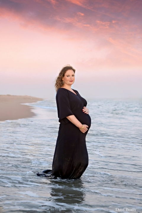bridgehampton ny maternity portraits by hamptons family photographer daisy beatty