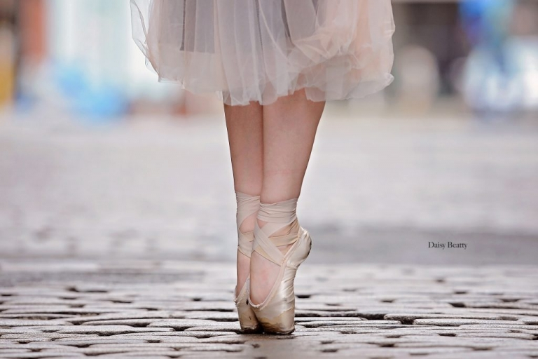 ballet portraits in greenwich village manhattan by daisy beatty photography