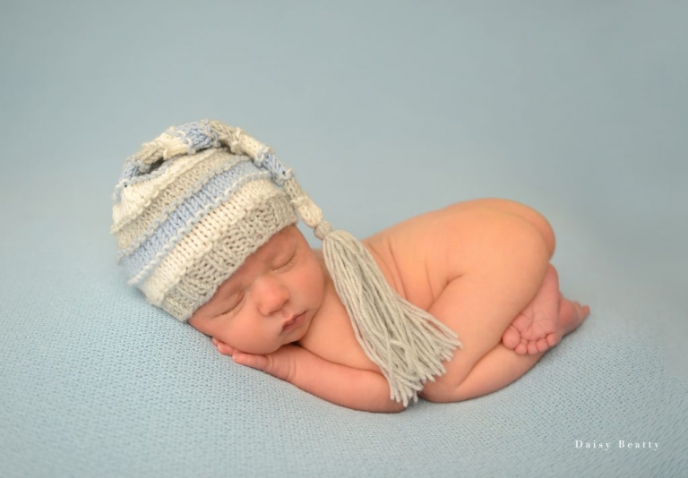 professional newborn photography nyc by daisy beatty