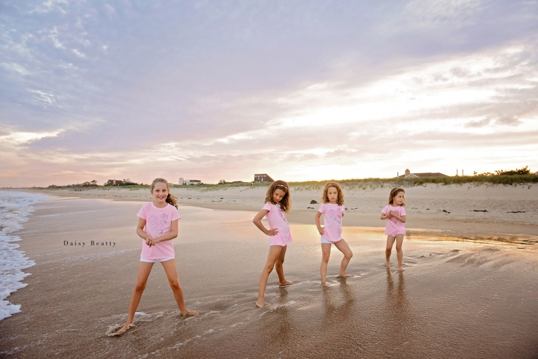 family portraits in the hamptons by nyc family photographer daisy beatty