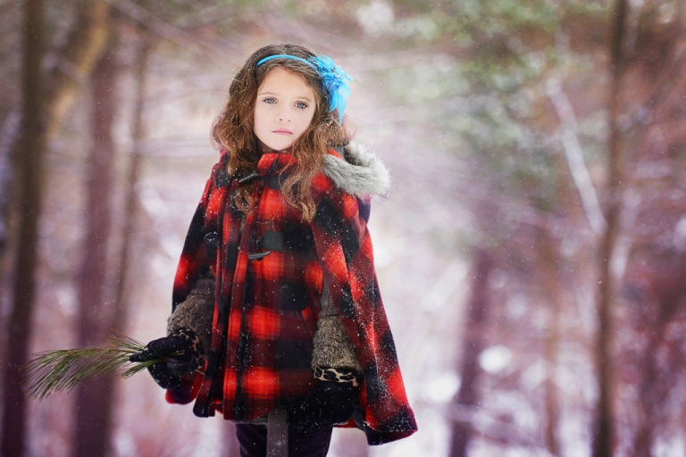 cold weather photography tips by nyc family photographer daisy beatty