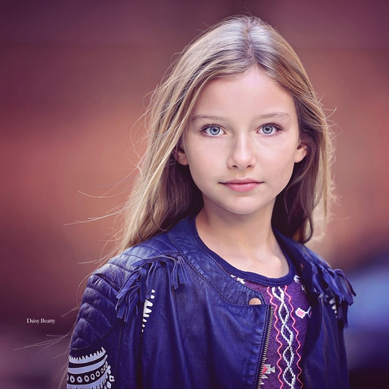 child portrait in manhattan nyc of model alexandra lenarchyk by daisy beatty photography