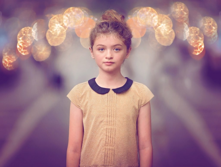 portrait of a girl in manhattan by brooklyn heights family photographer daisy beatty