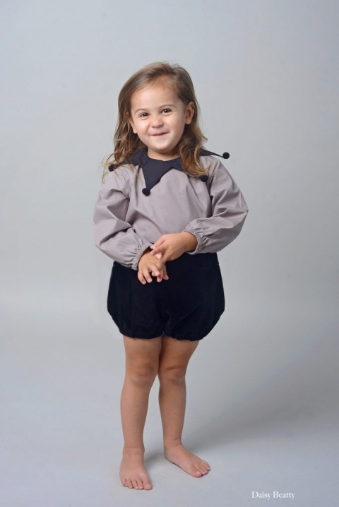 studio toddler portrait in brooklyn nyc by daisy beatty