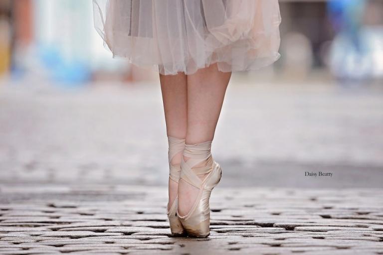 ballet portraits in greenwich village manhattan by daisy beatty photography