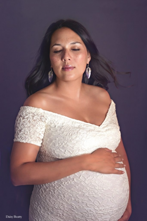 maternity portraits in nyc by daisy beatty photography