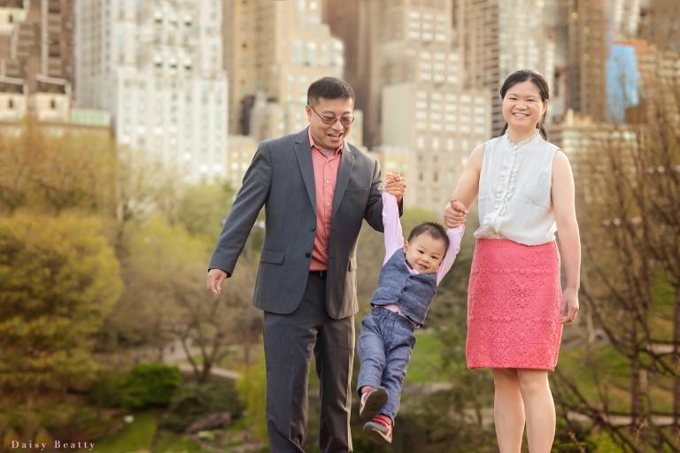 central park family photos by daisy beatty