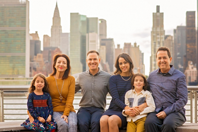 classic nyc locations for family photo shoots by daisy beatty photography