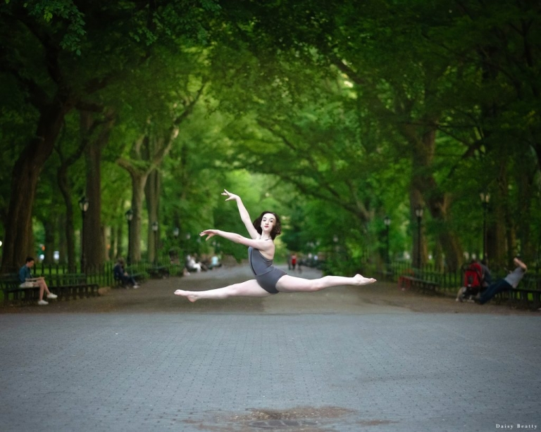 dance photography in central park by Daisy Beatty