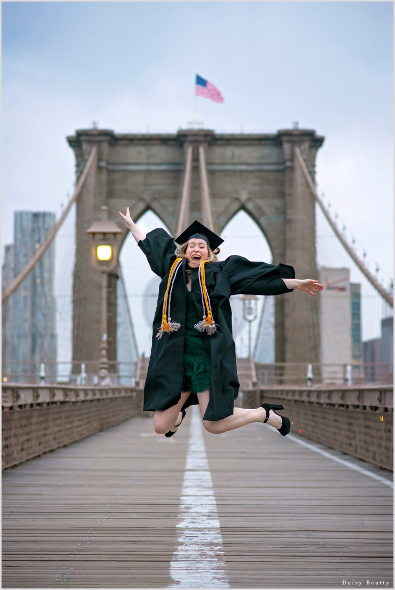 graduation portraits on the brooklyn bridge nyc