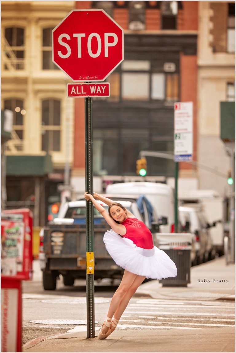 a ballet dancer in a tutu on the streets of Manhattan NYC by Daisy Beatty Photography